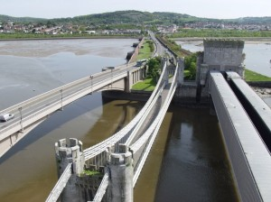 Three_bridges_across_the_river_Conwy